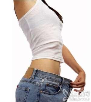 资讯生活怎么减肚子上的赘肉 四个减肥小妙招告别水桶腰